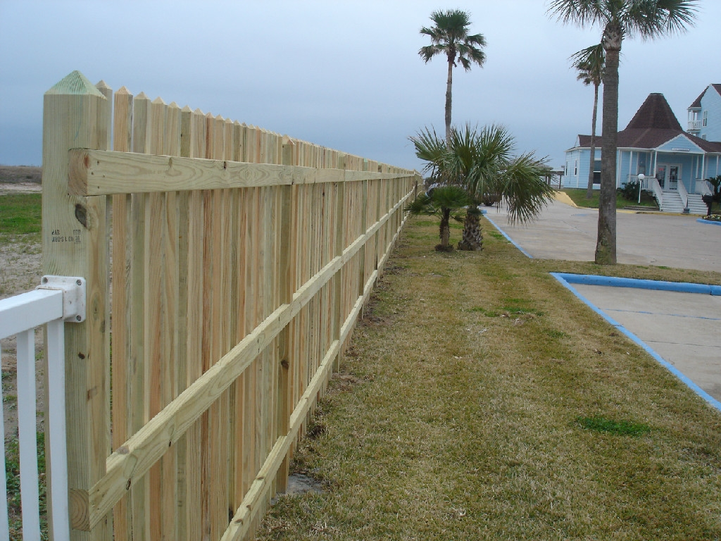 fenceeastside006_6